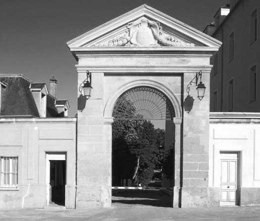 juilly-porche-du-college